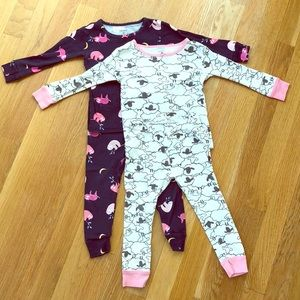 Bundle of 2 pair girls 2T pajamas